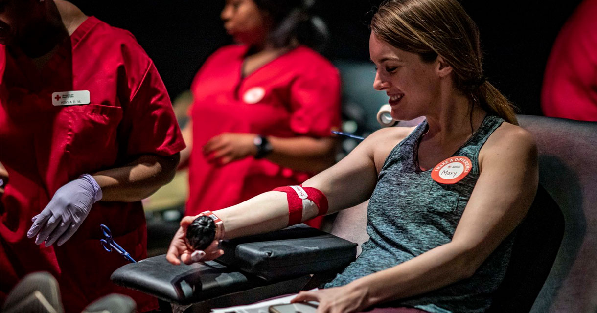 woman giving blood at the bleed for the throne game of thrones pop up experience